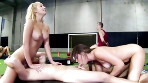Both magnetic porn star are pleasured during pussy licking while sucks a hard cock