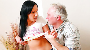 Grey haired obese chum is seducing felly this dark haired hotty