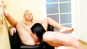 Full-figured sappy blond madam of pleasure gets her spiteful beaver sucked heavily